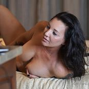 Christina Model OnlyFans Doing The Hotel Thing Video 030821 mp4