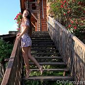 Cinderella Story Juliet Summer Dancing On The Stairs Set 002 005
