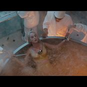 Katy Perry Migos Bon Appetit LPCM24 Master ProRes 1080p USUV71701195 Video 070821 mov