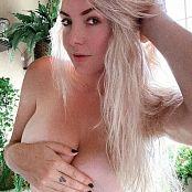 Jessica Nigri I Didnt Shave 007