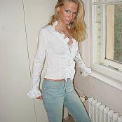 Caroline Model Set 008 001