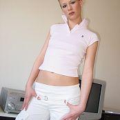 Caroline Model Set 029 015