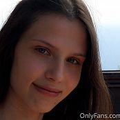 Cinderella Story Nika Rest On The Balcony Set 001 006