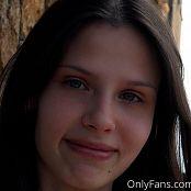 Cinderella Story Nika Rest On The Balcony Set 001 008
