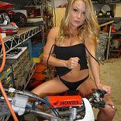Madden Dirt Bike N Stilettos 031