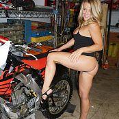 Madden Dirt Bike N Stilettos 095