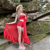 Viktoria Aftanas Red on Red 011