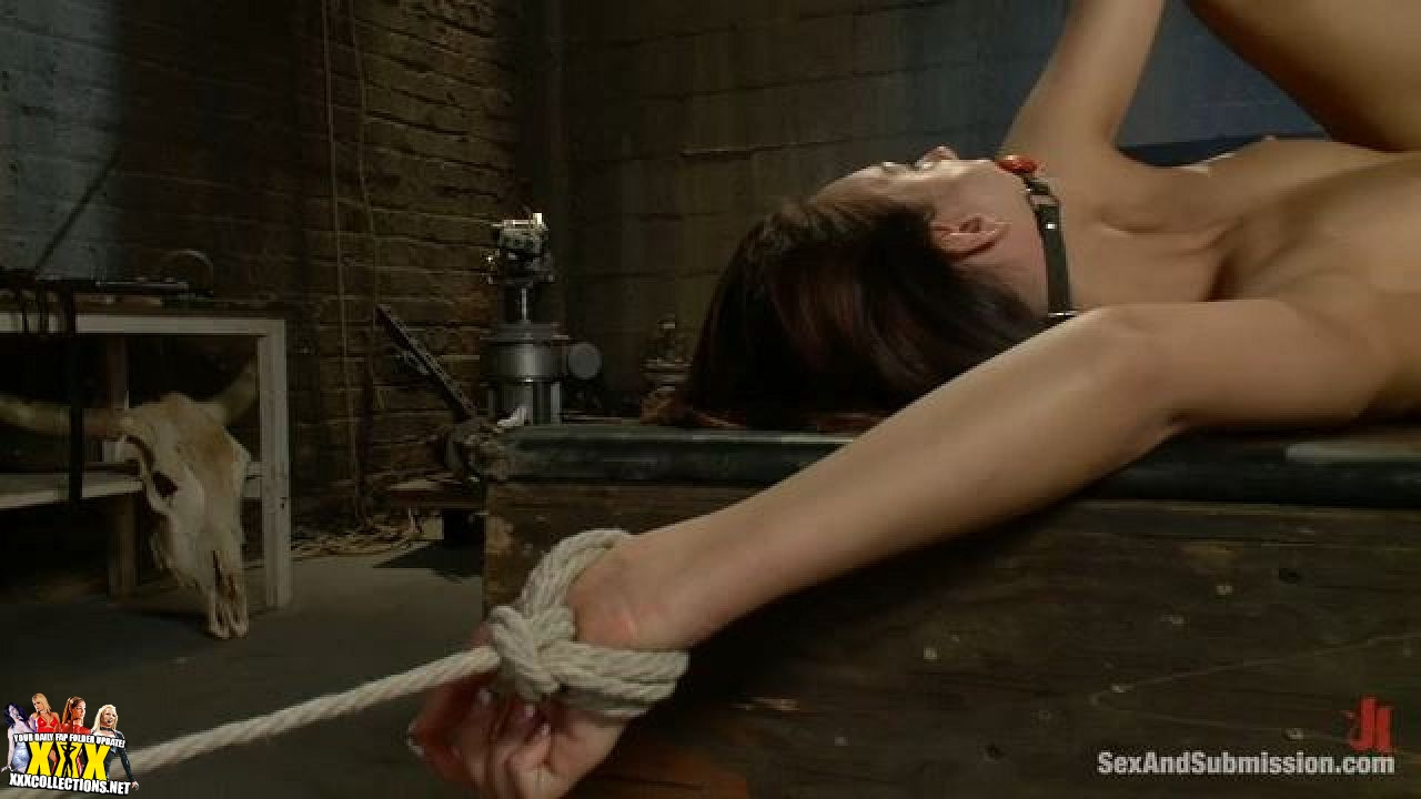 Extreme sex hows the tickling feel