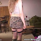 MeganQT Video 005 avi 00001
