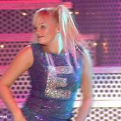 Spice Girls Wannabe Live In UK newavi 00007