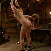 Aurora Snow Kinky Lesbian BDSM Torture HD 210914wmv 00004