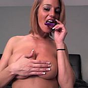Nikki Sims Showing Off Her Sex Toys 20141020 Camshow Video