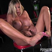 puma swede stocking diner solo 121114mp4 00009