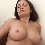 Aria Giovanni Undress The Dress HD Video