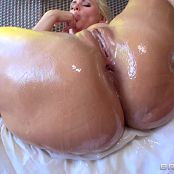 Big Wet Butts 2015 04 26 Alena Croft The Notorious BOOTY 1080p 260415100mp4 00009