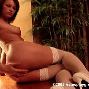 kate schoolgirlzipset new 260515147 avi
