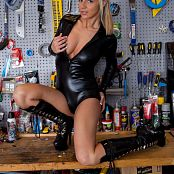 Nikki Sims Work Bench Black Vinyl Catsuit 006 jpg