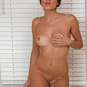 Brittnay Marie In The Bathtub 004 jpg