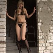 Young Gusel Dungeon Beauty HD 203 07 mp4