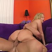 Cream On My Camel Toe 2 Scene 5 new 010915 avi