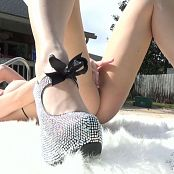 Dawn Avril Poolside Sparkles2 221015108 mp4