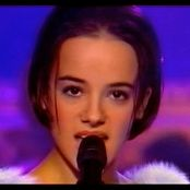 Alizee LAlize Les Anges dun Soir Performance 20001225 new 031115 avi
