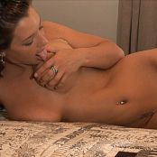 Christina Model HD Naked 720p 211115 avi