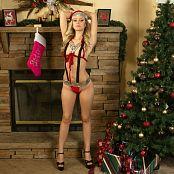 Cali Skye Christmas Special 002