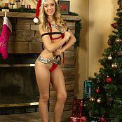 Cali Skye Christmas Special 008