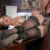 Eva Angelina Camera Cums In Handy 011