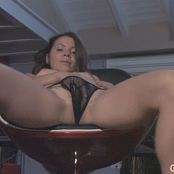 Emily18 HD Video 2010 09 16 10 060116 wmv
