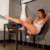 Nikki Sims White Baby Doll 4509 001