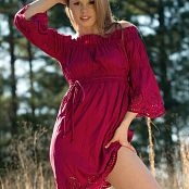 Sherri Red And Pink Outdoors 005