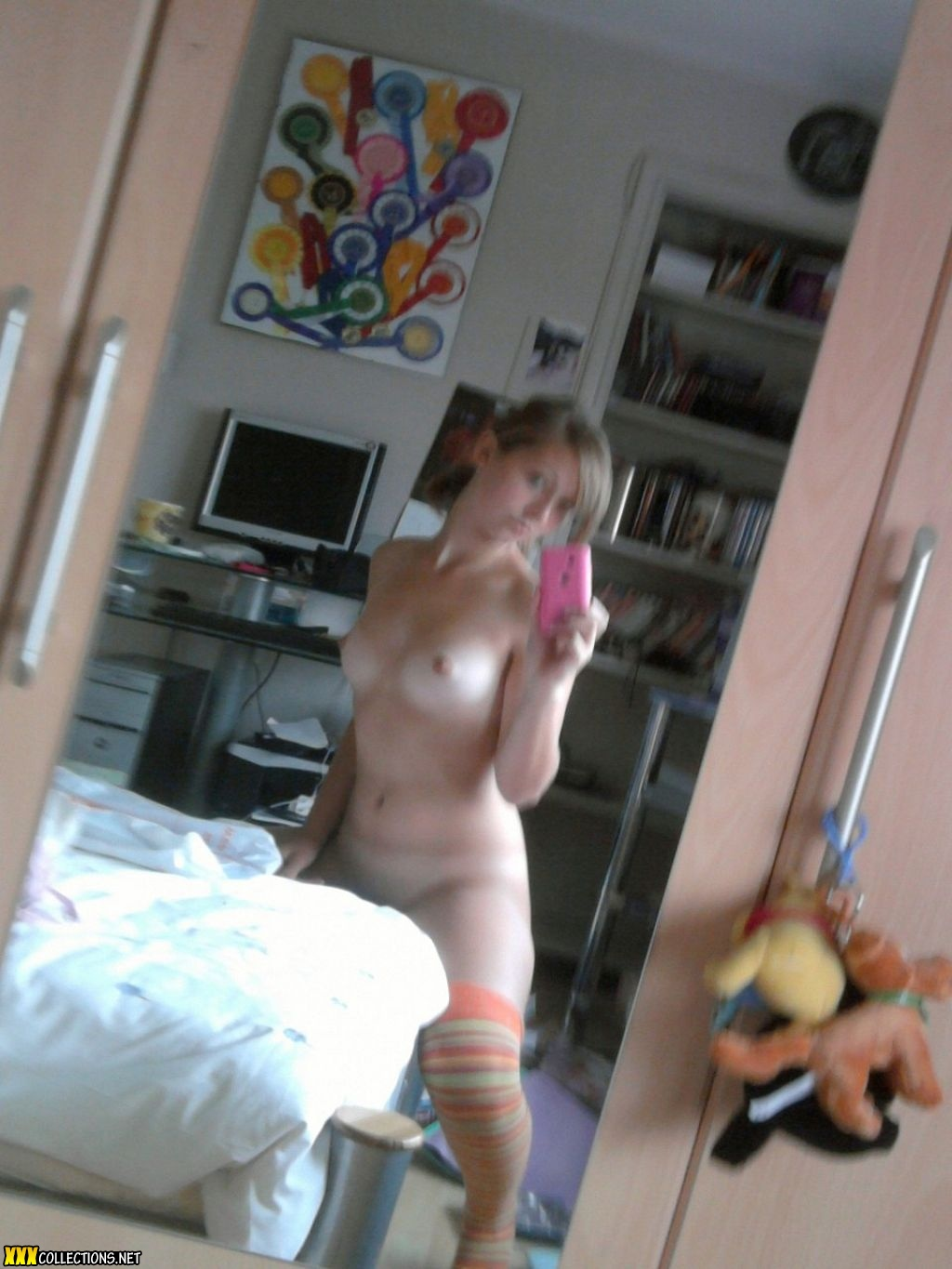 pictures Amateur cell nude phone