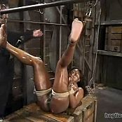 hogtied 20060307 Jada FireMatt Williams 3451 new 010316 avi