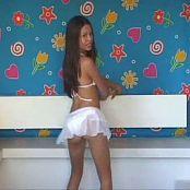 Sexy Dance in bikini 130316 flv