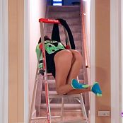 Andi Land Ladder HD Video