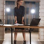 Fame Girls Julia Office Girl 002