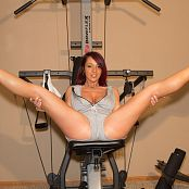 Nikki Sims Workout 008