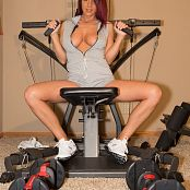 Nikki Sims Workout 010