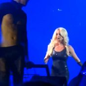 Britney Spears Do Something Live Las Vegas 5 9 2014 720p new 100616 avi