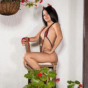 Clarina Ospina Tartan SLingshot 003