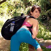 Andi Land take A Hike 003