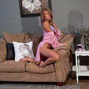 Madden Pink Robe 008