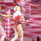 Miley Cyrus Bangerz Tour Feb 20 2014 4x4 150816 mkv