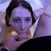 GGG 29404 666 Lia Louise 18 Jahre Und Vollgepisst 310816 mp4