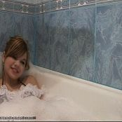 Young Gusel Bodystocking in Bathtube158 07 f43e 030916 wmv