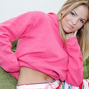 Stephanie Little Rookie Set 002