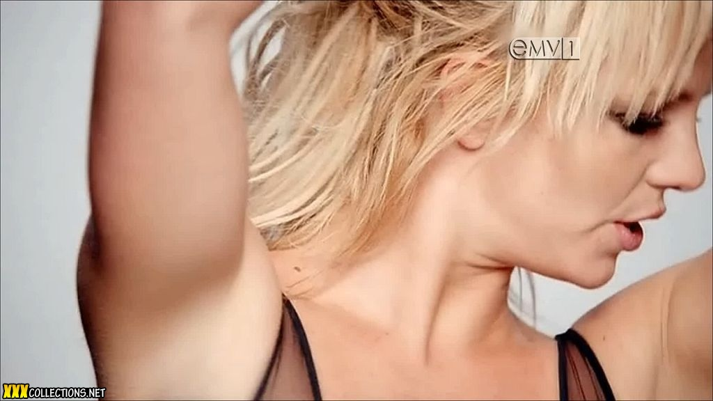 Порно видео ролики и сцены секса втроем