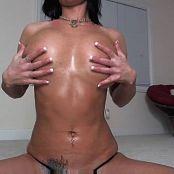 Nikki Sims Nikki Oiled Tits From nikki11711 051016 flv